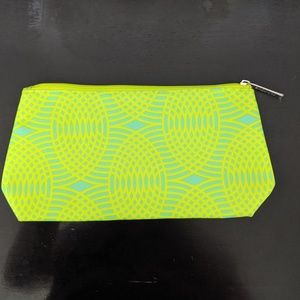 NWOT Clinique Bright Green Printed Cosmetic Bag